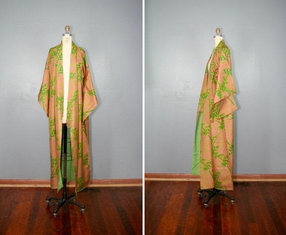 vintage . silk . kimono . CHERIMOYA . feather . print . robe