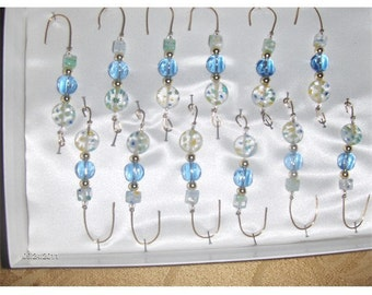 Decoration or ornament hanger in blues and shades of yellow
