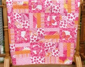 Strawberry Fields Toddler Bed Quilt