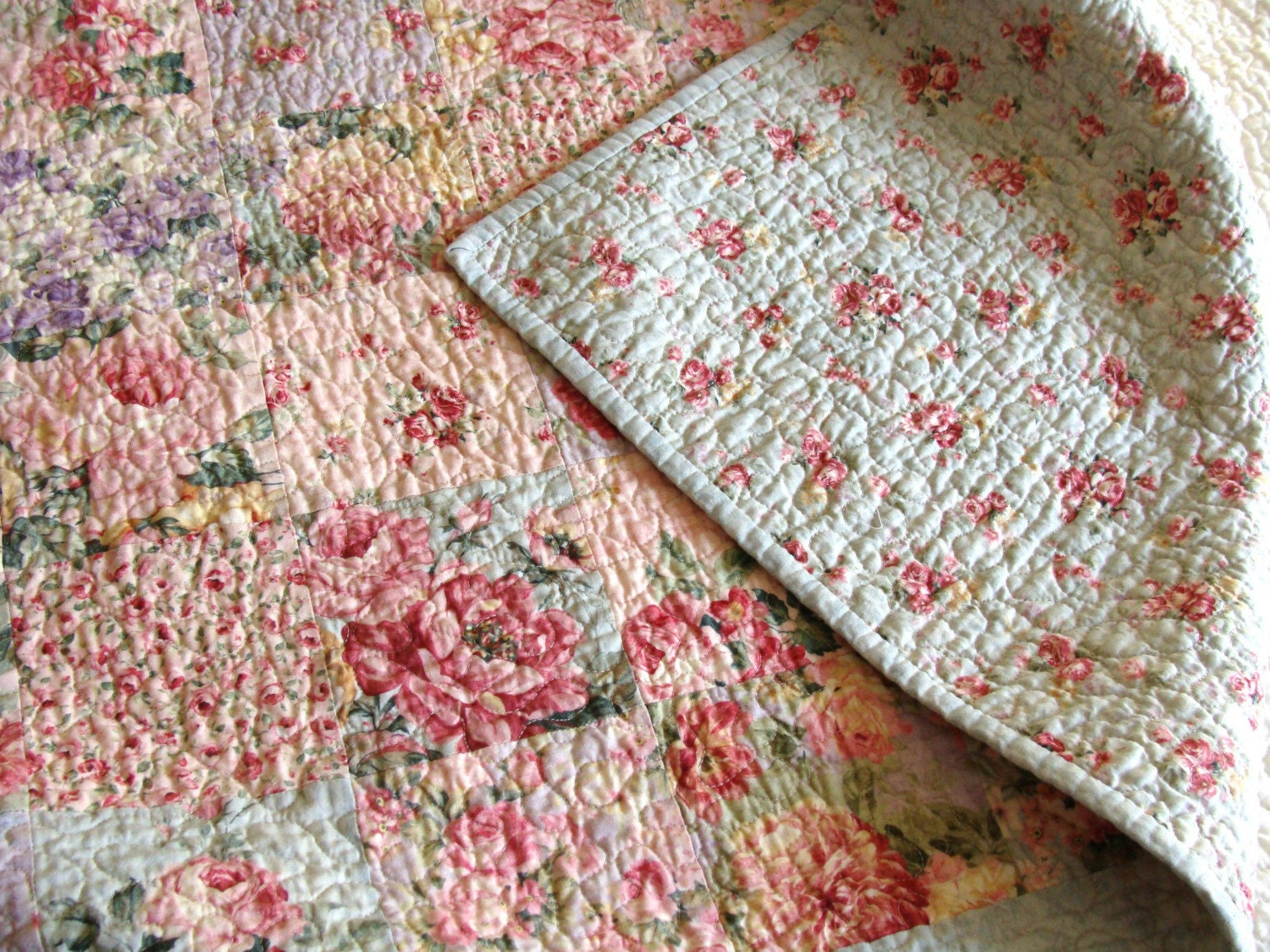 English Cottage Rose Garden Patchwork Quilt By Carlenewestberg