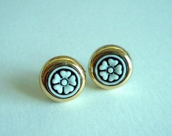 Blossom Stud Earrings -- Black and White