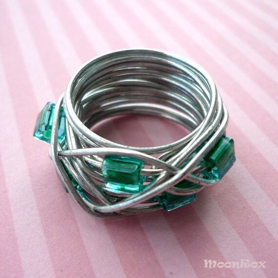 Orbit Ring -- Emerald Green