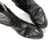 sz 10.5 Distressed Black Leather Shortie Cowboy Boots