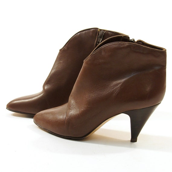 sz 8 Chestnut Leather Ankle Boots with Cone Heels