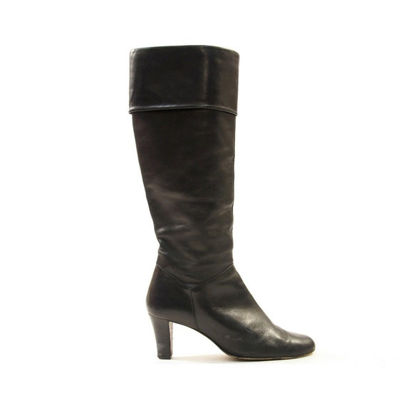 70s Black Leather Knee High Zip Up GoGo Boots with Cuffs / Women's sz 8.5