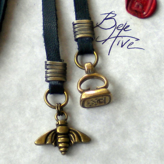 Bee Leather Lariat & Wax Seal - Teal