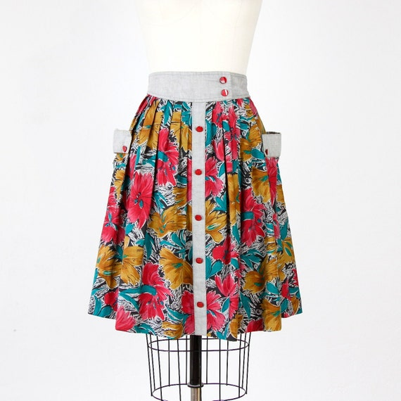 RESERVED Full Skirt Floral Print with Pockets Gray Trim