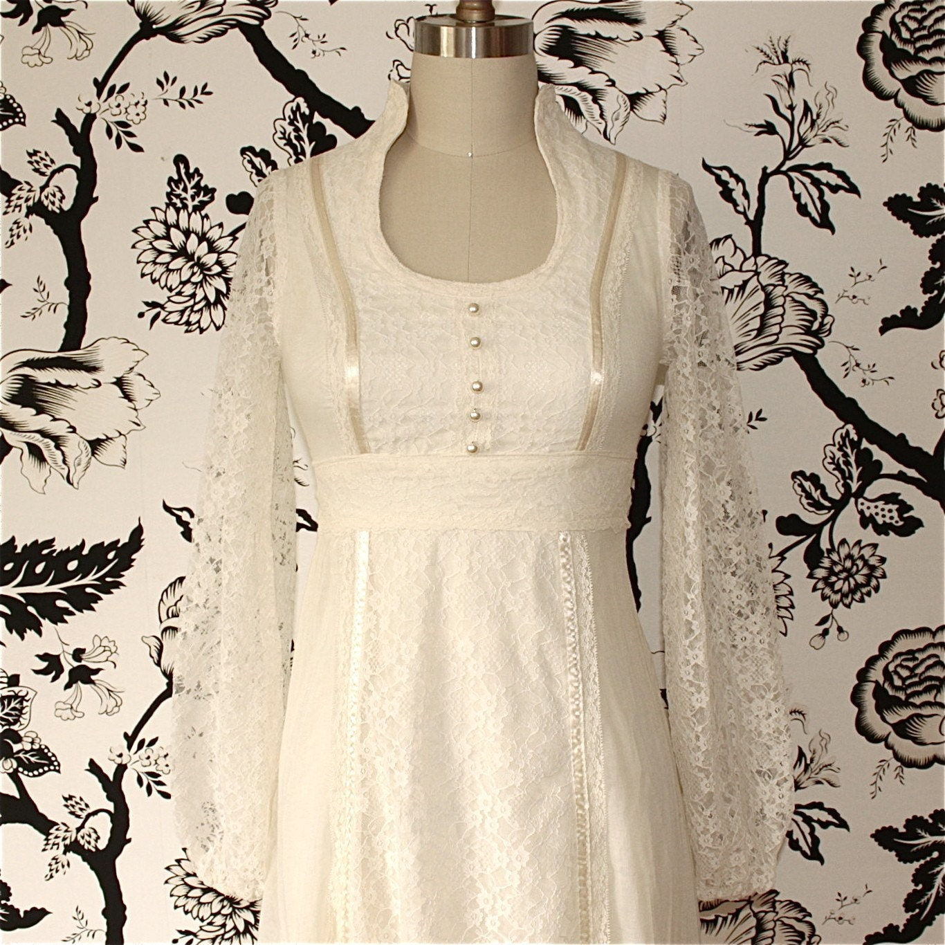 Cream cotton lace vintage long sleeve wedding dress for Long vintage wedding dresses