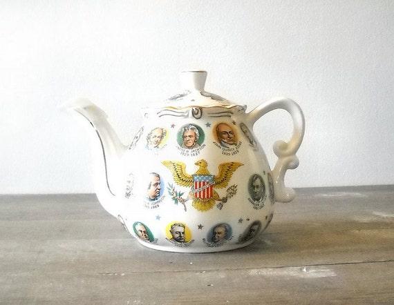 Christmas In July US Presidents Teapot Chadwick Miller 1966 Japan Vintage