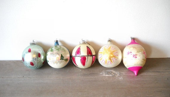 5 Mid Century Shiny Brite Christmas Ornaments Glass Frosted Mica