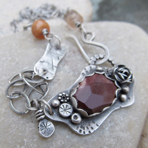 Short silver Necklace sterling silver Choker burgundy gemstone Floral