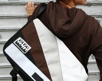 Petite Sunburst Messenger Bag