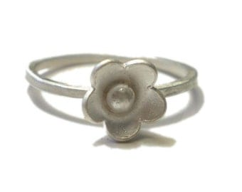 Sterling silver flower stacking Ring - Bridal Jewelry - small flower ring - forget me not ring
