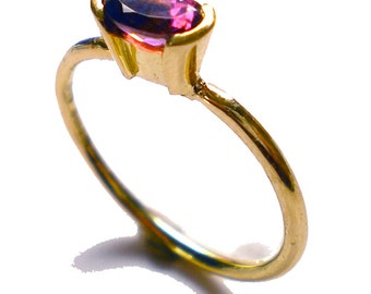 ESSOR - Pink Tourmaline ring in 18k yellow gold