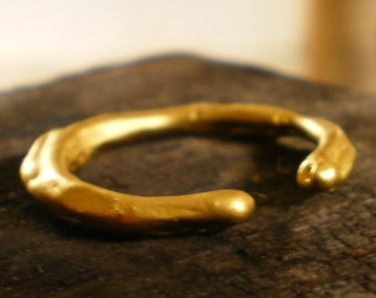 Etna - 18 carat yellow gold organic Ring - rustic gold ring - open gold band - wavy gold ring in 18k gold - artisan gold jewelry