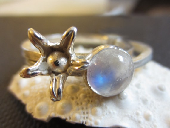Blue moonstone and flower silver stacking Rings - set of 2 sterling silver rings