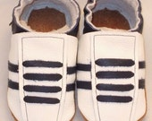 Nini toes soft sole leather BABY crib shoes white with navy running pick your size