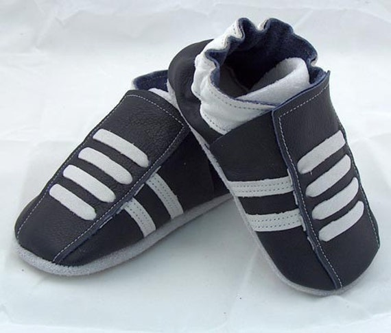 Mini toes soft sole leather BABY crib shoes navy running pick your size