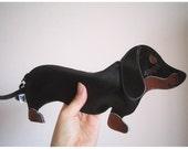 Teriyaki the Dachshund Dog Cute Vintage Inspired Brown Vinyl Coin Zipper Purse