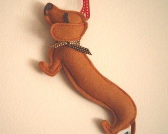 Barbeque the Dachshund Weiner Dog Wool Felt Applique Decorative Holiday Ornament