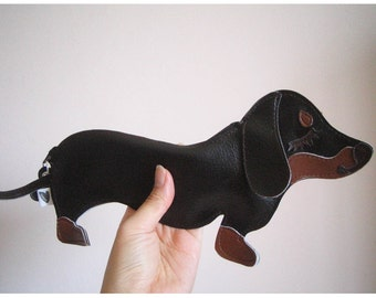 Teriyaki the Dachshund Dog Cute Vintage Inspired Brown Vinyl Coin Zipper Purse