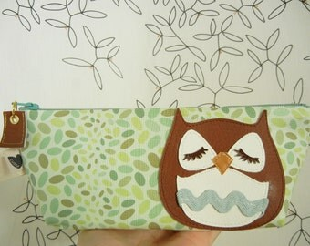 Stewart the Owl Sage Spring Jelly Bean Polka Dot Vintage Inspired Cotton Canvas Floral Case with Vinyl Applique