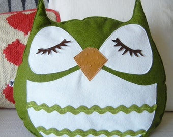 Marshall the Owl Vintage Inspired Wool Olive Felt Applique Decorative Doll Pillow