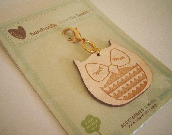 Stewart the Owl Wooden Engraved Keychain Zipper Pull