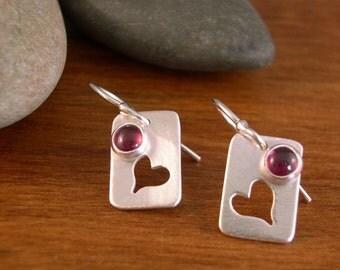 Heart Earrings with Garnet