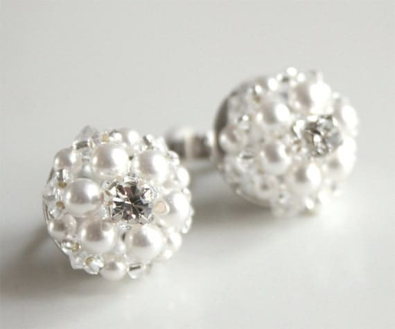 Carissa Princess Swarovski Beaded Clip On Earrings. Swarovski Crystals and Pearls Earrings. Gift for her. Bridal Earrings