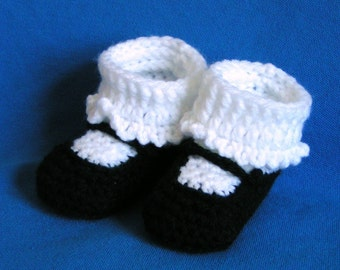 MaryJane Baby Booties in Black Size  0-3 months