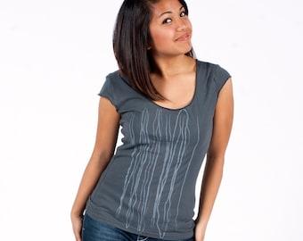 SALE tee shirt Womens tops tshirt, silkscreen gray shirt, string design, graphic tees for women - XL ONLY