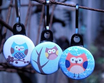 Hoot Hoot Lil Owl Parade One Inch Zipper Pulls Set of Three (3)