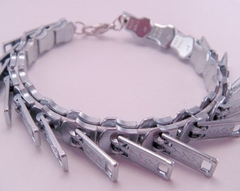 Zippity Doo Dah Silver Zipper Threaded Bracelet 7 Inches