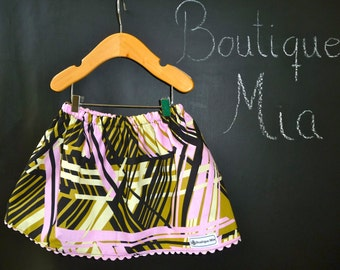 BUY 2 get 1 FREE - Skirt - Alexander Henry - Spiders - Pick the size Newborn up to 14 Years by Boutique Mia