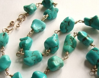 Elegant Chunky Turquoise Necklace in Gold, Chunky Beaded Necklace, Turquoise Nugget Necklace