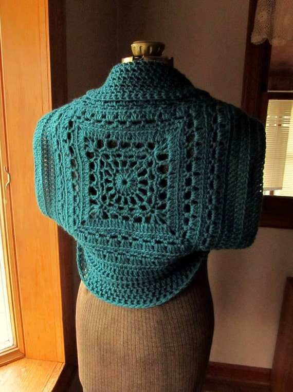 Ladies Shrug Granny Square Circle Sweater Spruce Green