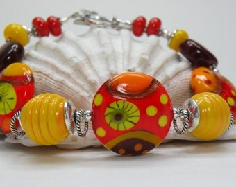 SALE   APPLE SEASON Lampwork Bead Bracelet