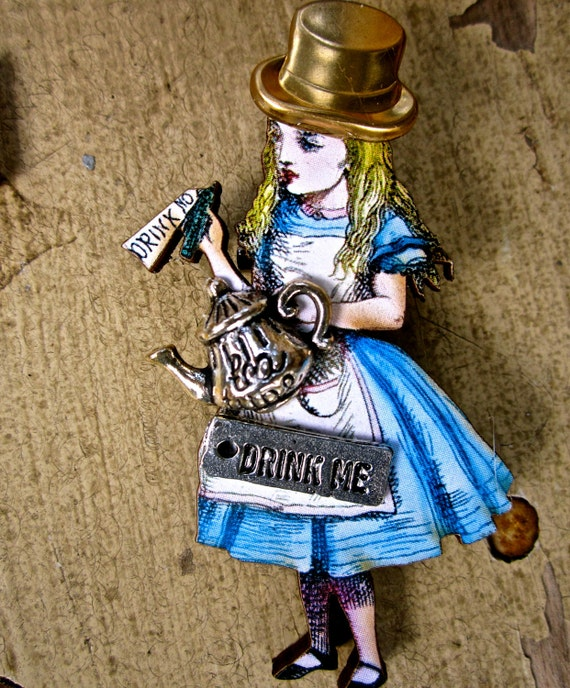 Alice in Wonderland  brooch or pendant steampunk style  tateam
