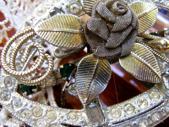 Free shipping Wedding Vintage rhinestone and silver brooch   Victorian Steampunk flower brooch assemblage jewelry
