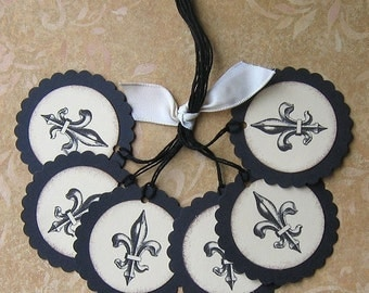 Fleur De Lis Triple Mounted Scallop Circle Tags - Set of 6