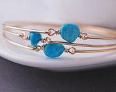 Bridesmaid Jewelry, SIX Gold Turquoise Bracelet Set, Gold Bridesmaid Wedding Bangle Bracelets, Stacked Jewelry, Turquoise Bridesmaid Jewelry