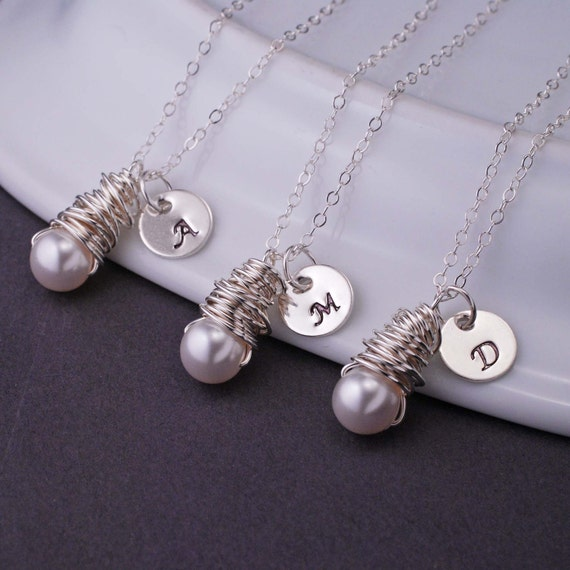 Bridesmaid Jewelry, FIVE, Monogram Necklaces, Bridesmaid Necklace Gift, Pearl Bridesmaid Jewelry, Personalized Initial Necklace Gift