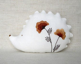 White Cotton Hedgehog with Autumn Brown Poppies