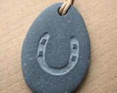 horseshoe pebble necklace