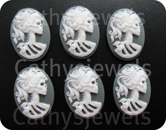 Portrait Cameo  Ivory Lolita  White On Gray 25x18 Set Of Six