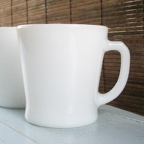 Set of  4 Vintage Milk Glass Anchor Hocking Mugs