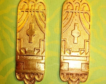 Vintage Engraved Gold-Plated Deco Finding