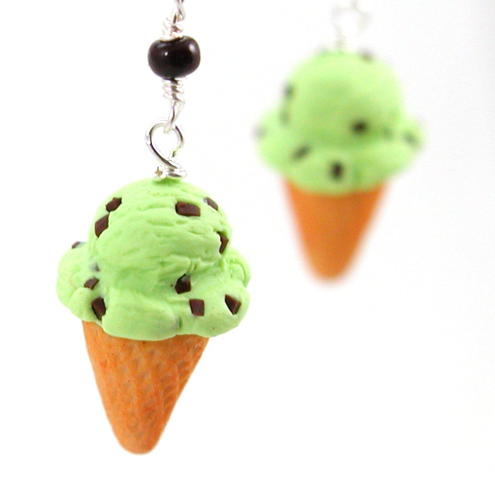 Ice Cream Earrings : Mint Chocolate Chip Cone By