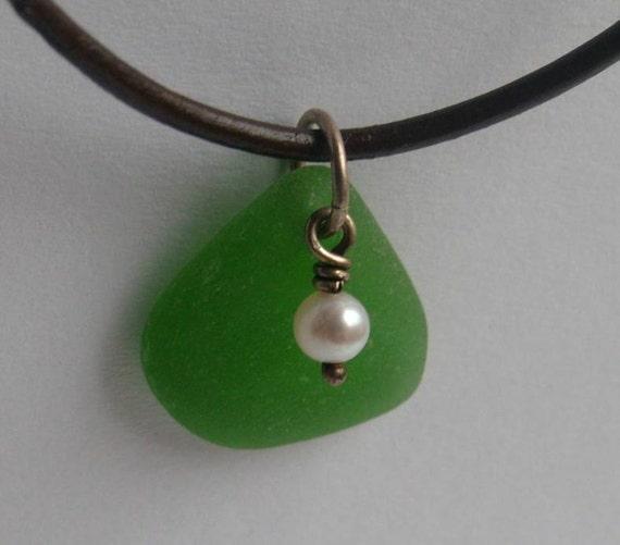 HEINEKEN GREEN Sea Glass Pearl Charm Necklace by Lake Erie Beach Glass LEbg